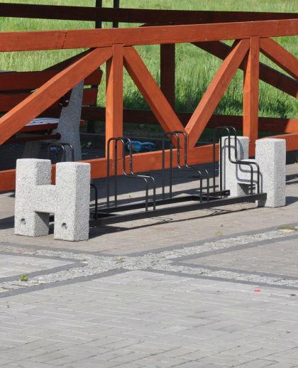 stojak rowerowy czterostanowiskowy