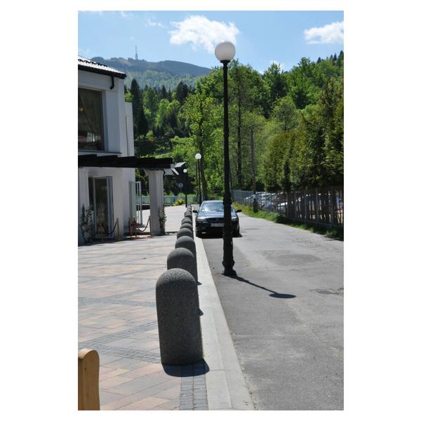 Betonowy słupek parkingowy wys. 80cm Ø 36cm kod: 321