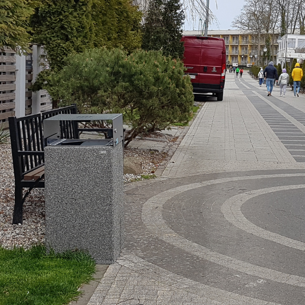 Kosz betonowy zdaszkiem 40l. kod: 155